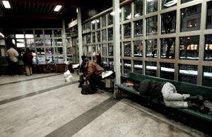 Nederlag. Västerås har 300 hemlösa i Västerås, varav ett 30-tal tvingas sova ute.