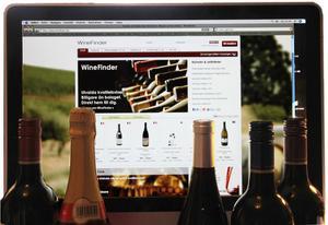Första vinnätsajten. Winefinder fick 2007 Sveriges första tillstånd att bedriva distansförsäljning av vin till svenska privatpersoner. Sedan dess har verksamheten vuxit rejält och likt Systembolaget lanserar man regelbundet på nätet vinnyheter för beställning och hemtransport. 16 maj erbjuds drygt 40 nyheter av hög klass. Foto: Sune Liljevall