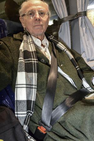 Bara fyra procent använder aldrig bältet på expressbussen enligt Swebus undersökning.