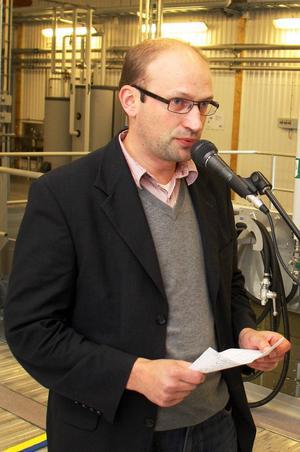 Ralf Westlund sa i fjol att sjukfrånvaron skulle analyseras och sedan ska insatser planers och genomföras.