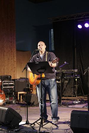 Daniel Wiksmo var en av artisterna som spelade på Nordanstigskalaset.