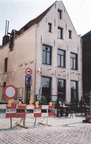 Café Björnen, några minuters promenadväg från Café Gamla Gefle, har ett halvt årtusende på nacken och kommer att bli kvar.
