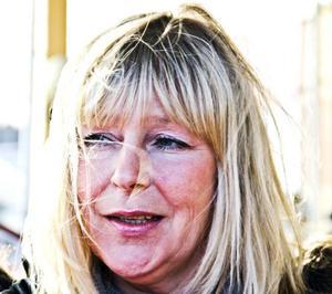 Anita Sadinmaa, 46 år, undersköterska, Ljusne- Jag kommer att tända ett ljus och tänka på kvinnoförtryck, kvinnomisshandel, jämställdhetsfrågor. Och hedersvåld, det har jag sett på nära håll hur illa det kan vara.