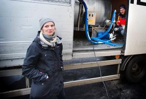 """Värd sitt pris. """"Det högre priset gör att vi kan betala bönderna mer – så att vi får behålla dem"""", säger Frida Thörn."""