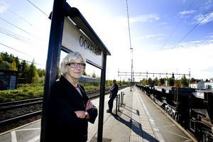 """förlängd arm. Ockelbo kommuns utvecklingschef, Karin Strömberg tycker att det är viktigt att kommunen formaliserar samarbetet med byråden. """"De är vår förlängda arm ut bland byborna, så det är oerhört viktigt"""" säger hon."""