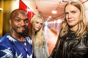 Kodjo Akolor, Josefine Jinder och Pelle Almqvist leder Musikhjälpen i Örebro.