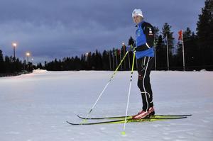 Stefan Sundberg tror på en variation av träning, där både gym och längdskidåkning ingår.