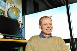 """""""Rymdskutt"""" för turister och gruvbrytning på asteroider är exempel på frågor som Christer Fuglesang arbetar med på KTH Rymdcenter."""