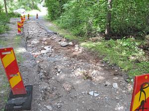 Försvunnen väg. Gång- och cykelvägen genom Mälarparken förstördes under ett skyfall.Foto: Yngve Fredriksson