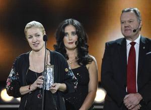 Lotta Schelin fick diamantbollen, men var inte på plats. Då hoppade Victoria Sandell Svensson in och tog emot priset.