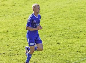 Fredrik Boman blev tvåmålsskytt när Rengsjö tog fjärde raka segern