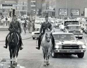 Ridande poliser under motorfesten 1984.