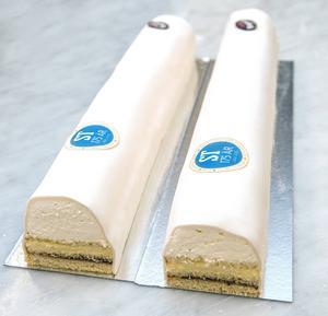 Marsipan, grädde, sylt, vanilj och florsocker är de klassiska ingredienserna när 175 årsjubilerande ST bjuder medelpadingar och andra intresserade på tårtkalas i samband med Stenstansdagarna.