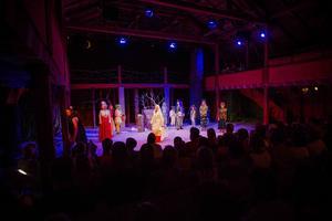 Under onsdagskvällen hade föreställningen Hemligheternas Gudinna premiär på träteatern i Järvsö.