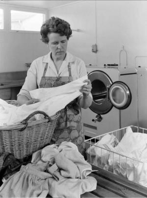 För många husmödrar blev den allmänna tvättstugan en befrielse.Foto: Karl Erik Granath