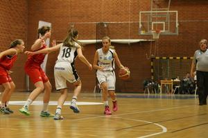 Isabelle Aronsson mot Djursholm.