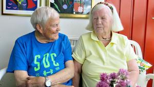 Anna-Britta Schönnings med sambon Gustaf Dalstedt. Paret var till fritidshuset utanför Bollnäs när olyckan hände.