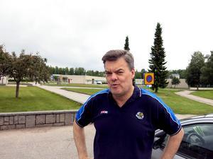 Boris Lamby tycker att även Brynäs borde låta sina talanger vara med på Prospect Camp.