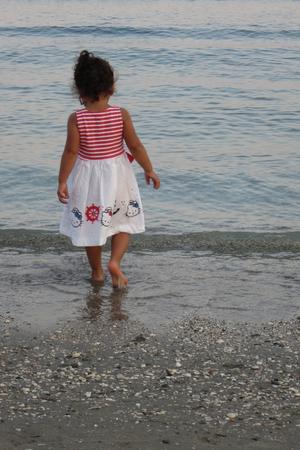 Milou vid MedelhavetMin lilla dotter Milou 2 år vid stranden på Zakynthos/ Grekland