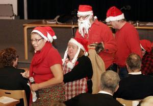 Varje år brukar Bra livat bland annat dansa in julen för politikerna i Berg.