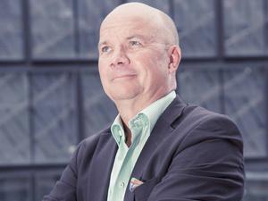 Ekonomen Dan Persson är ganska unik som expert på arenafrågor, och har arbetat med många elitklubbar och ligor.