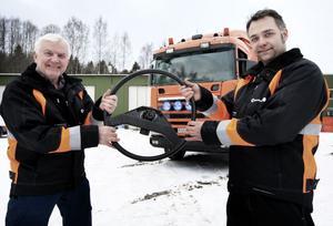 Skifte på åkeriet i Östansbo. Kenneth Busk styr nu företaget om pappa Bengt kan tänka sig att släppa ratten.