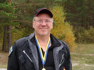Olle Gabrielsson fick med sig två SM-guld från helgens SM-tävlingar i fältskytte.