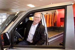 """Pålästa. """"Kineserna är oerhört pålästa och vet hur många lätta lastbilar det säljs i Sverige. Jag har daglig kontakt med dem"""", säger Lars Alfredsson."""