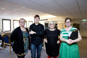 Har fått nog. Socialsekretare  i Västerås kräver bättre villkor,  från vänster Mirja Hosio, Emil Granath, Kristiina Koistila och Johanna Pettersson.