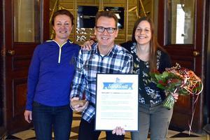 Jessica Wallentin, Bosse Sjöbom och Jeanette Lindgren i Smultron & Sång fick utmärkelsen Bra gjort för Sundsvall.