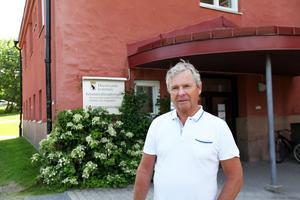 Stödet kan exempelvis bli en social insats utöver ordinarie hemtjänst, säger Anders Byquist (S), ordförande i arbetslivsnämnden.