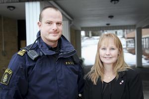 Jimmy Evans och Susanne Hansson står båda bakom de medborgarlöften som polisen och kommunen ska ge invånarna.
