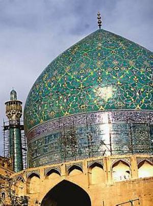 Emam-moskén, vid det stora Emam Khomeini-torget.