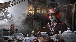 Mr Depp i Alice i Underlandet.Foto: SF Bio