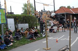 Axel Dahlin vann tävlingen i hippiejump som var Mrboard.ses idrag till Locals Only.