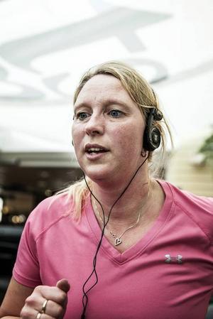 Ann Ragnvaldsson, 42 år, Östersund:– Jag tycker inte om det. Det är både skadligt och oschysst. Det förstör för de som vill tävla på elitnivå och vill prestera.