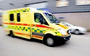 Ambulanssjukvården har haft en otroligt engagerad och entusiastisk personal som ställt upp, hobbar övertid och bytt     pass när det behövts, säger ambulanssjuksköterskornas DD mött.foto: Adam ishe/Scanpix