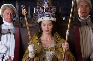 "Emily Blunt som blivande drottning i lättviktiga kostymdramat ""Young Victoria"".  Foto: Liam Daniel"