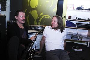 2012 släppte Eivor sin första skiva Bring it back. Henrik och Peter lärde känna varandra ordentligt i vuxen ålder och gillade faktiskt inte ens varandra under skoltiden.