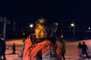 Sara Sidra, 8 år, från Syrien hade lite svårt att hålla balansen men tyckte det var roligt att prova slalom.