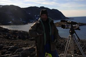 Kjell Hansson/Talu var alltid beredd. Gevär på axeln var ett måste vid landstigning på Svalbard. Foto:KjellHansson/Talu