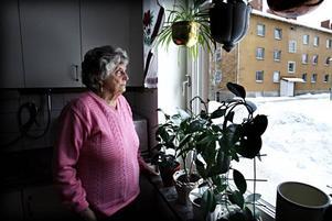 Lite vemodigt tycker Inga-Lisa Sundberg att det känns att flytta efter 30 år i samma lägenhet men samtidigt lite spännande att få komma tillbaka till Göklund där hon bott en gång för länge sedan.