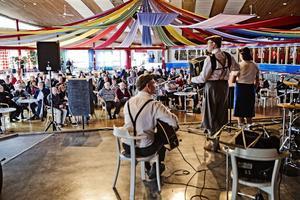 TrÜck på Scen. 150 dragspelsentusiaster samlades i Örebro i helgen och spelade tillsammans.
