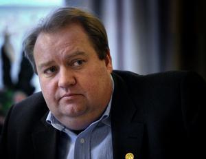 Peter Wiklund.