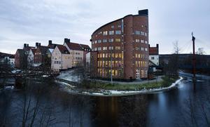 Mittuniversitet i Sundsvall har samarbetat med Södertörnspolisen, som under tio år har fört ett hemligt register över mer än 2 000 misshandlade kvinnor.