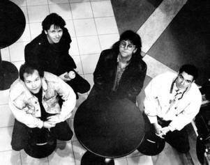 UPPÅT. Månadens band, skrev Arbetarbladet 1990.