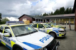 Polis och räddningstjänst var snabbt på plats för att hjälpa till, och undersöka olycksplatsen.