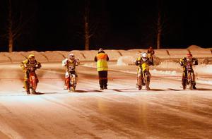 Snart är det starktklart för VM-challenge i Strömsund. 2 januari är det säsongens första serietävling på Strömsvallen och lördag 16 januari skrivs det historia på arenan. Då kommer tidernas första VM-challenge att avgöras.    Arkivbild: Hans Andersson