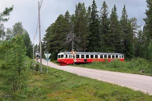 Med öppnad inlandsbana kan både västerdalsbanan och södra inlandsbanan användas för omledning och avlasta dalabanan och bergslagsbanan, skriver debattören.
