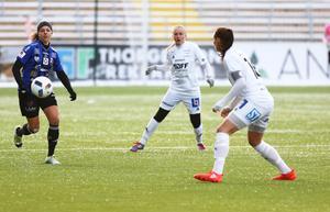 ÖDFF:s Erin Yenney på språng i hemmamötet mot Sundsvall.